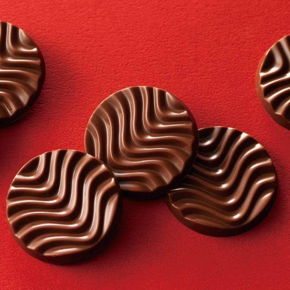 【送料無料】ロイズ 【北海道銘菓】 ピュアチョコレート[ミルク] 他北海道お土産多数出品中 ROYCE'_画像2