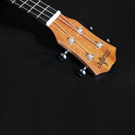 【交渉】M02447 ウクレレ本体 21インチ プロフェッショナル サペリ イルカ ギター マホガニー チューニングペグ 4弦ウッド ギフト_画像4