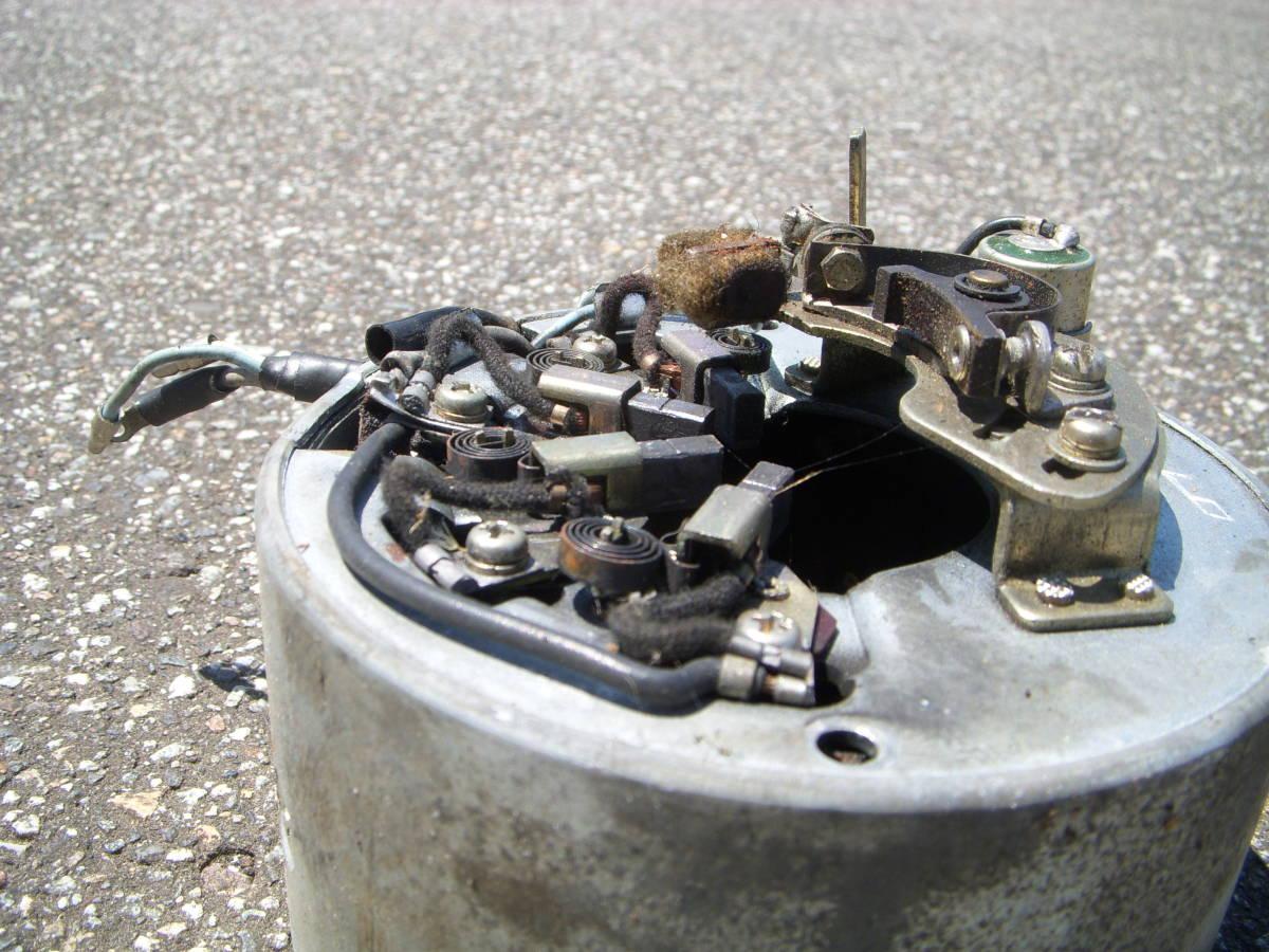 カワサキ B1 125cc フライホイール/ジェネレーターコイル コンデンサー・コンタクトブレーカー/ポイント付き_画像2