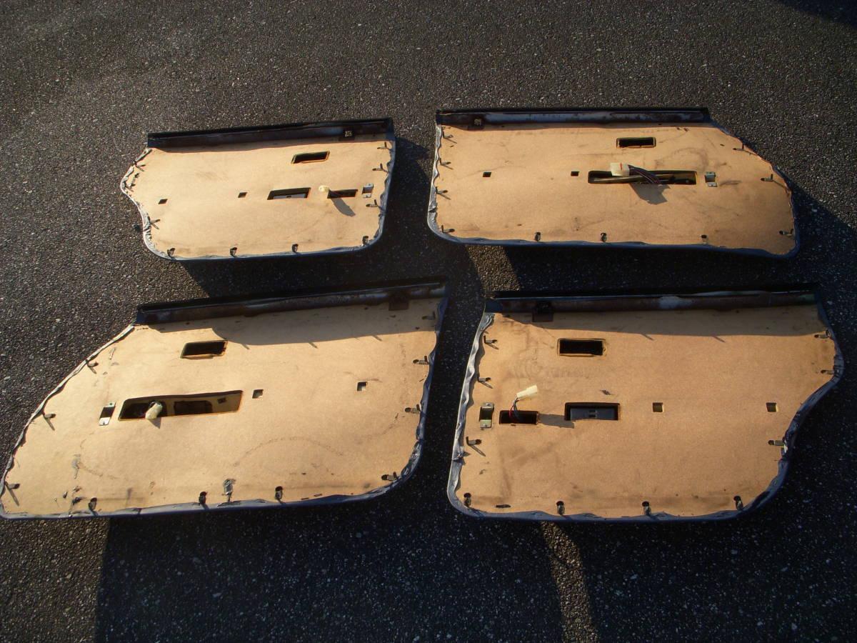 トヨタ クラウンMS100 純正ドアパネル左右前後セット パワーウインドスイッチ付き ベンツマスク/キャデラックマスク_画像2