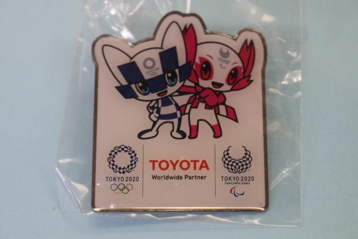 非売品 TOYOTA  東京オリンピック パラリンピック 記念ピンバッジ  即決価格_画像1