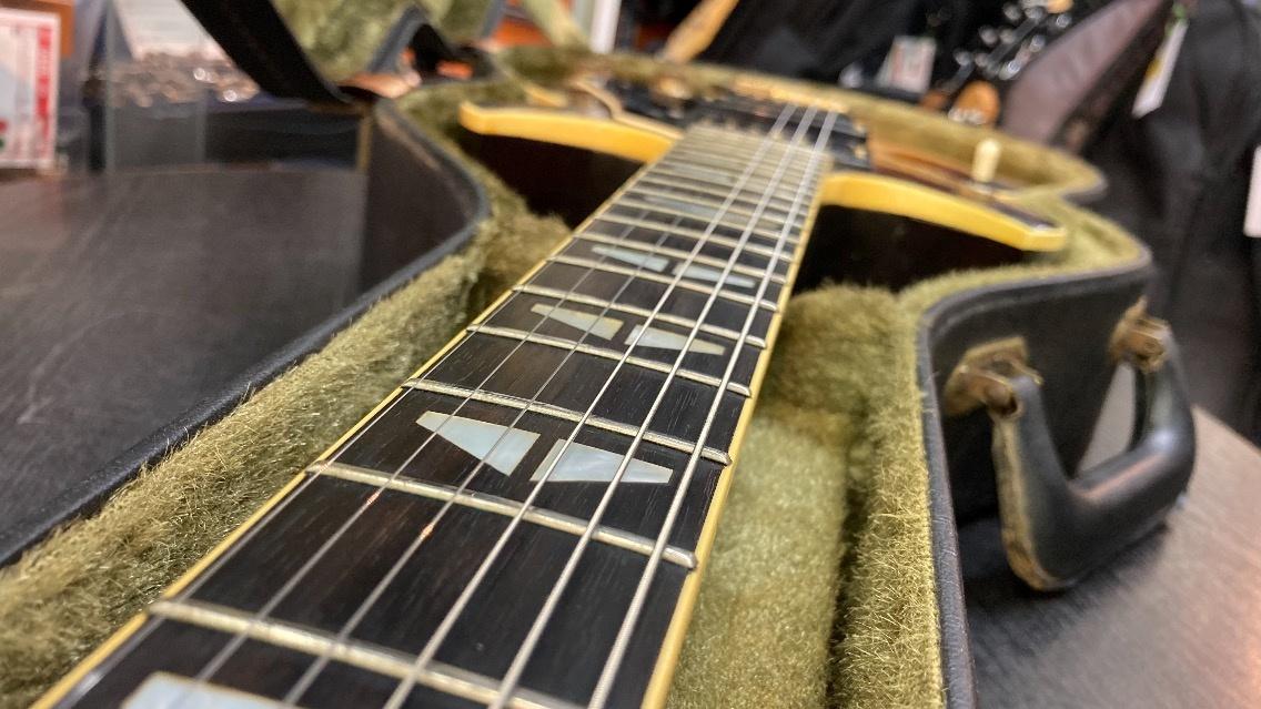 u46012 YAMAHA [SG-1000] 中古 エレキギター ロッド残無し 現状少し順反り_画像9