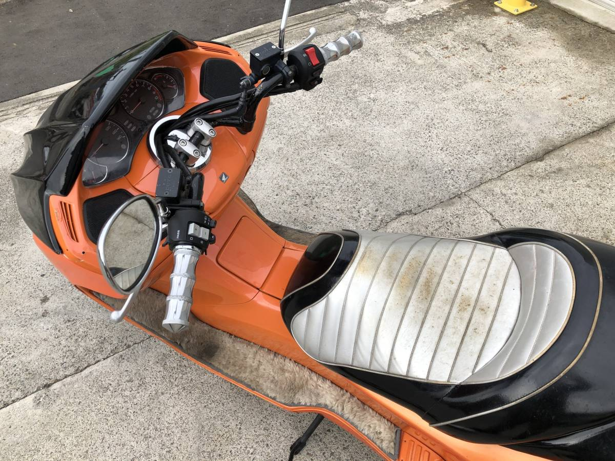 「【石川県 引取限定】Q662 走行OK ◆ HONDA FORZA ホンダ フォルツァ MF08 ビックスクーター スマートキー 販売証明書有り」の画像2