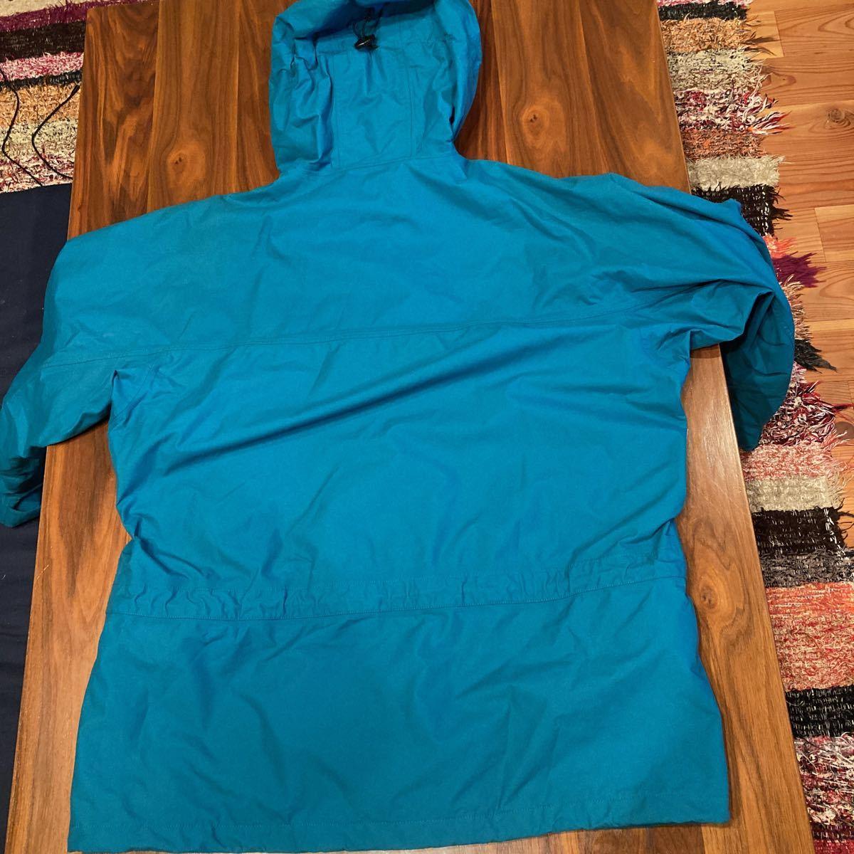 キレイ! patagonia 00年 ストームジャケット L エメラルドグリーン パタゴニア storm jacket マウンテンパーカー ナイロンジャケット_画像9