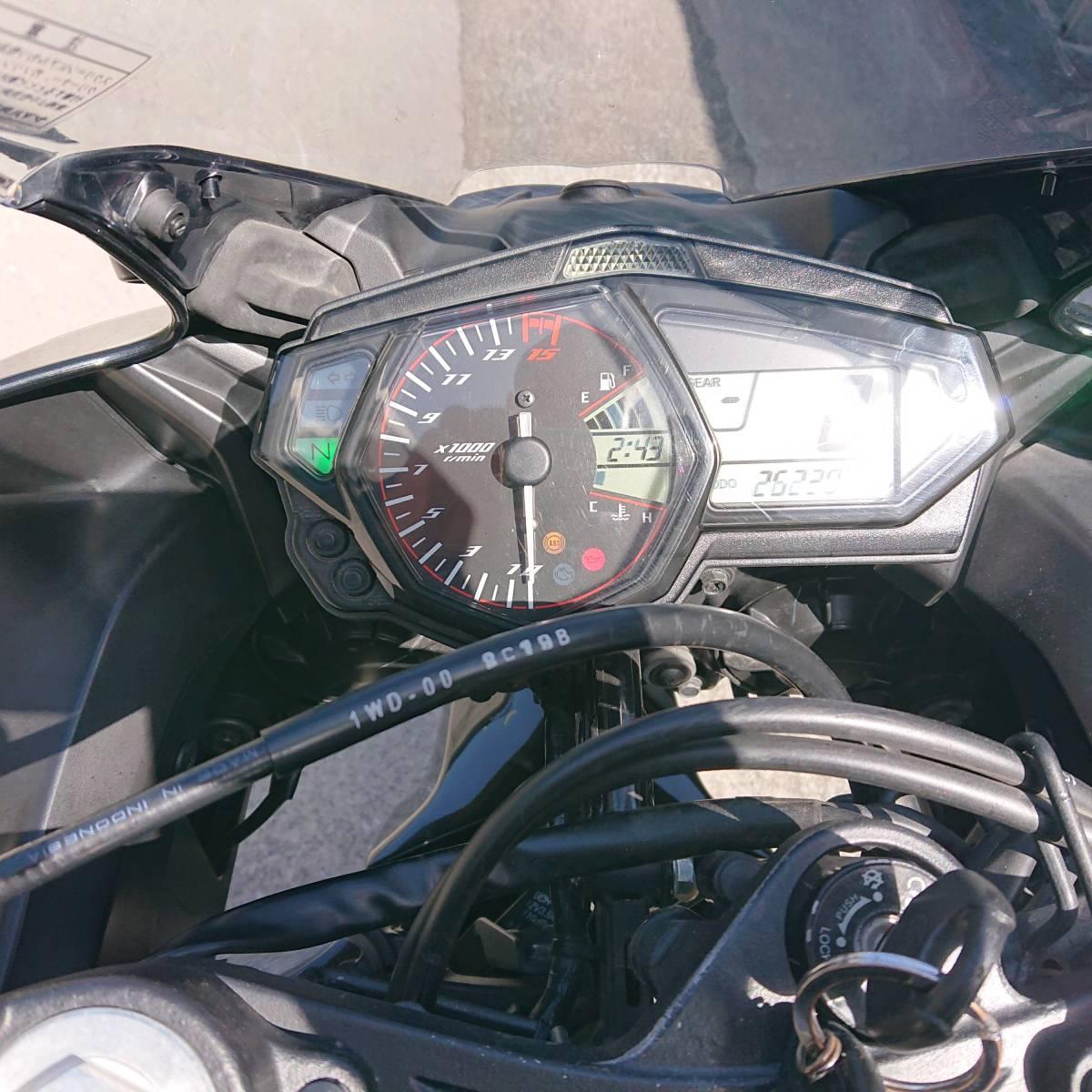 「YZF-R25 RG43J 走行24,000キロ 1オーナー Fタイヤ&Fブレーキローター&Fパッド&フェンダーレス以上新品」の画像3