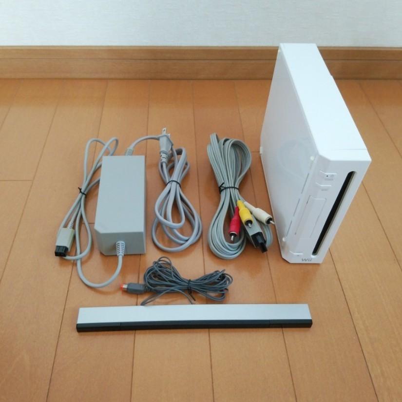 Wii本体 モーションプラス リモコン ヌンチャク マリオカートハンドル Wiiフィット ソフト まとめ売り