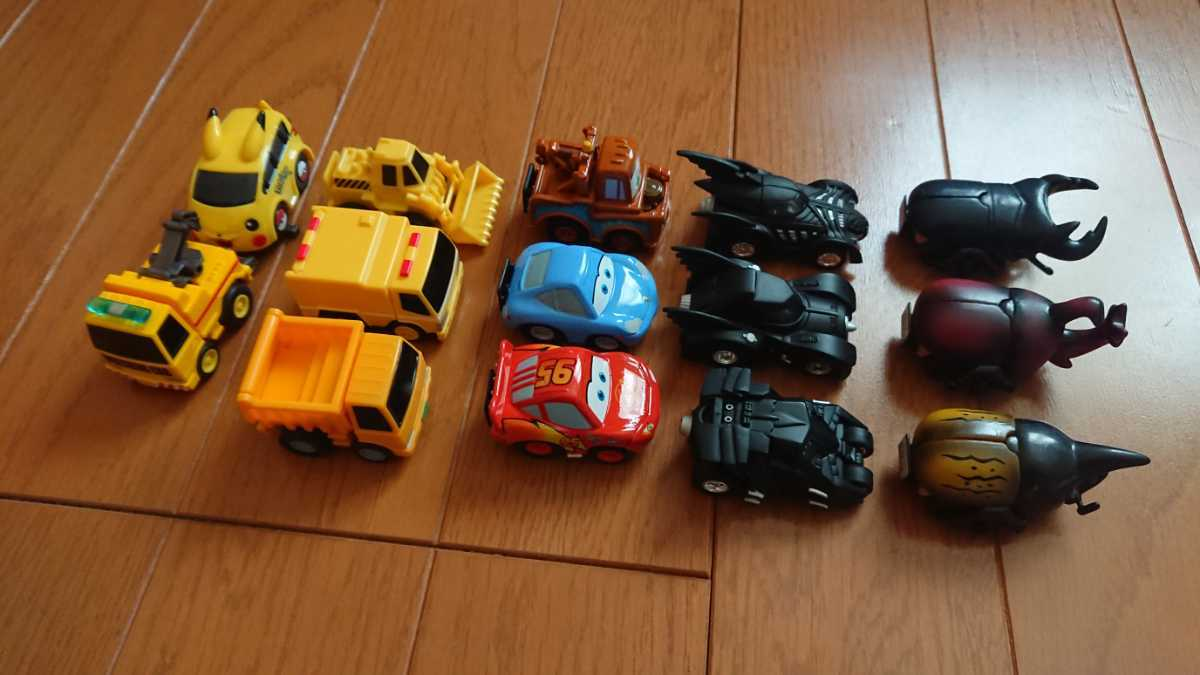 チョロQ カブトムシ クワガタ バットモービル カーズ マックイーン 建設車両 ピカチュウ いろいろ14台セット_画像3
