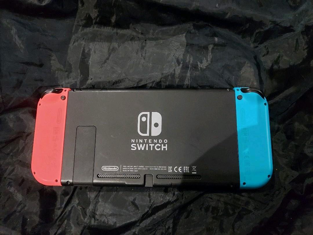 Nintendo Switch Joy-Con (L) ネオンブルー / (R) ネオンレッド  任天堂 ニンテンドースイッチ_画像3