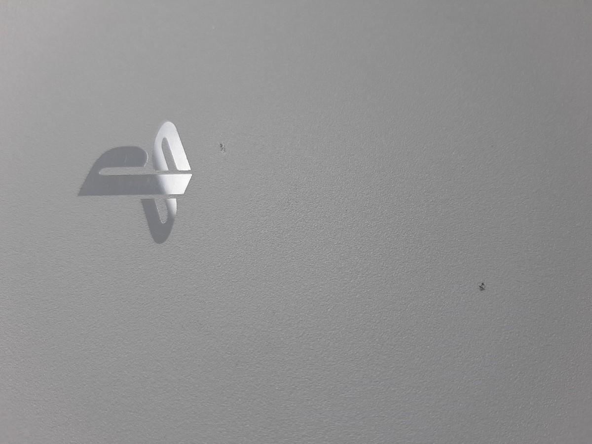 PS4  プレイステーション4 CUH-2100B B02 1TB  グレイシャー・ホワイト+コントローラー2個+ソフト2本
