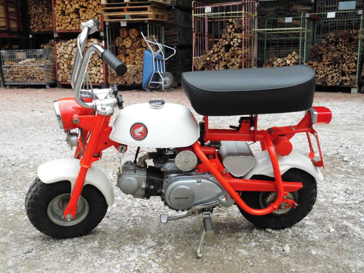 「愛知の薪屋 ホンダ モンキーZ50M 希少 見て磨いて楽しむバイク 綺麗です。」の画像1