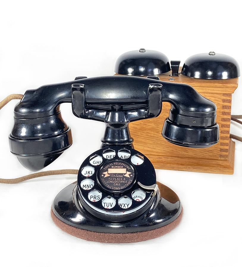 -実働品- 1920's USA アンティーク 電話機/家具/店舗什器/ランプ/ビンテージ/デスク/o.c.white/gras/黒電話/映画/rrl/古着/sweet orr/照明_画像1