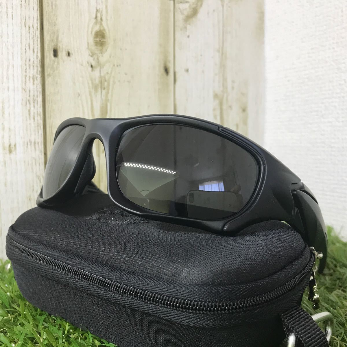 新品 偏光・UV400レンズサングラス ♪スポーツタイプ♪