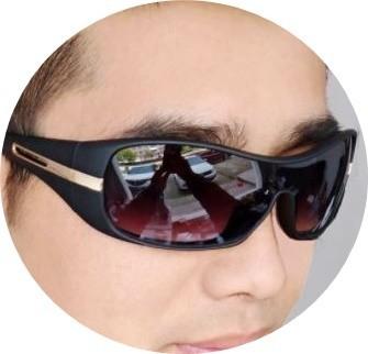 スポーツサングラス★UV400【グレー/黒フレーム】軽量 紫外線カット 防風 防塵 花粉 自転車 バイク 運転 アウトドア スポーツ 匿名 dG
