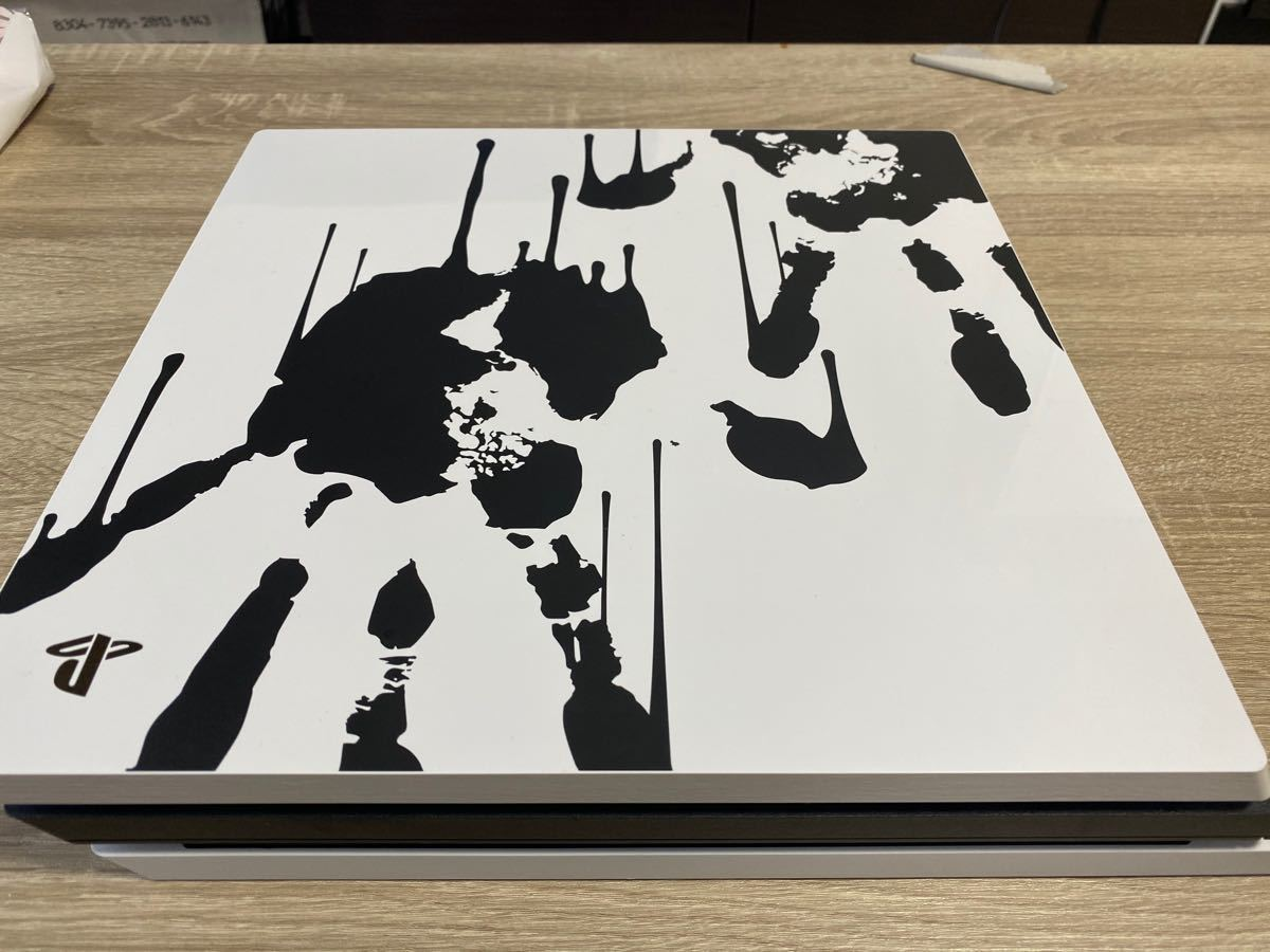 PlayStation 4 Pro DEATH STRANDING LIMITED EDITION【メーカー生産終了】中古