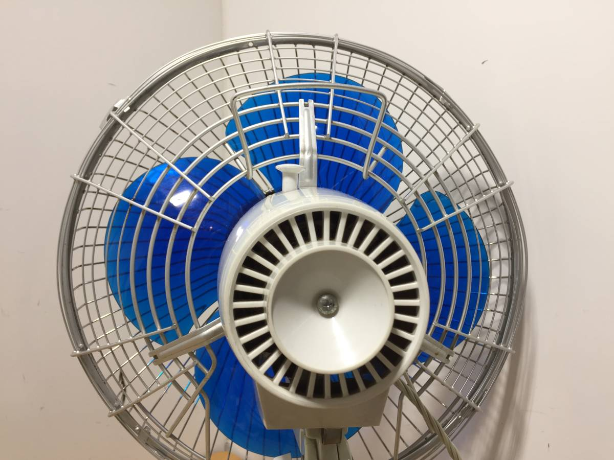 ◆TOSHIBA 東芝◆DF-30A 東芝扇風機 扇風機 青羽根 4枚羽根 卓上 羽根径30㎝ 昭和 レトロ アンティーク【中古/現状品/通電確認OK】_画像9