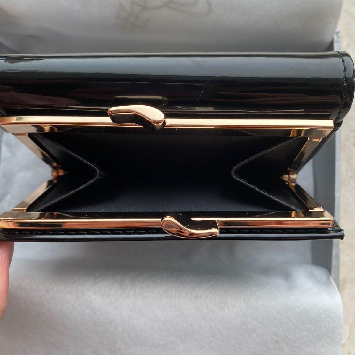 Vivienne Westwood ヴィヴィアンウエストウッド ヴィヴィアンウェストウッド エナメル財布 三つ折り財布 三つ折り