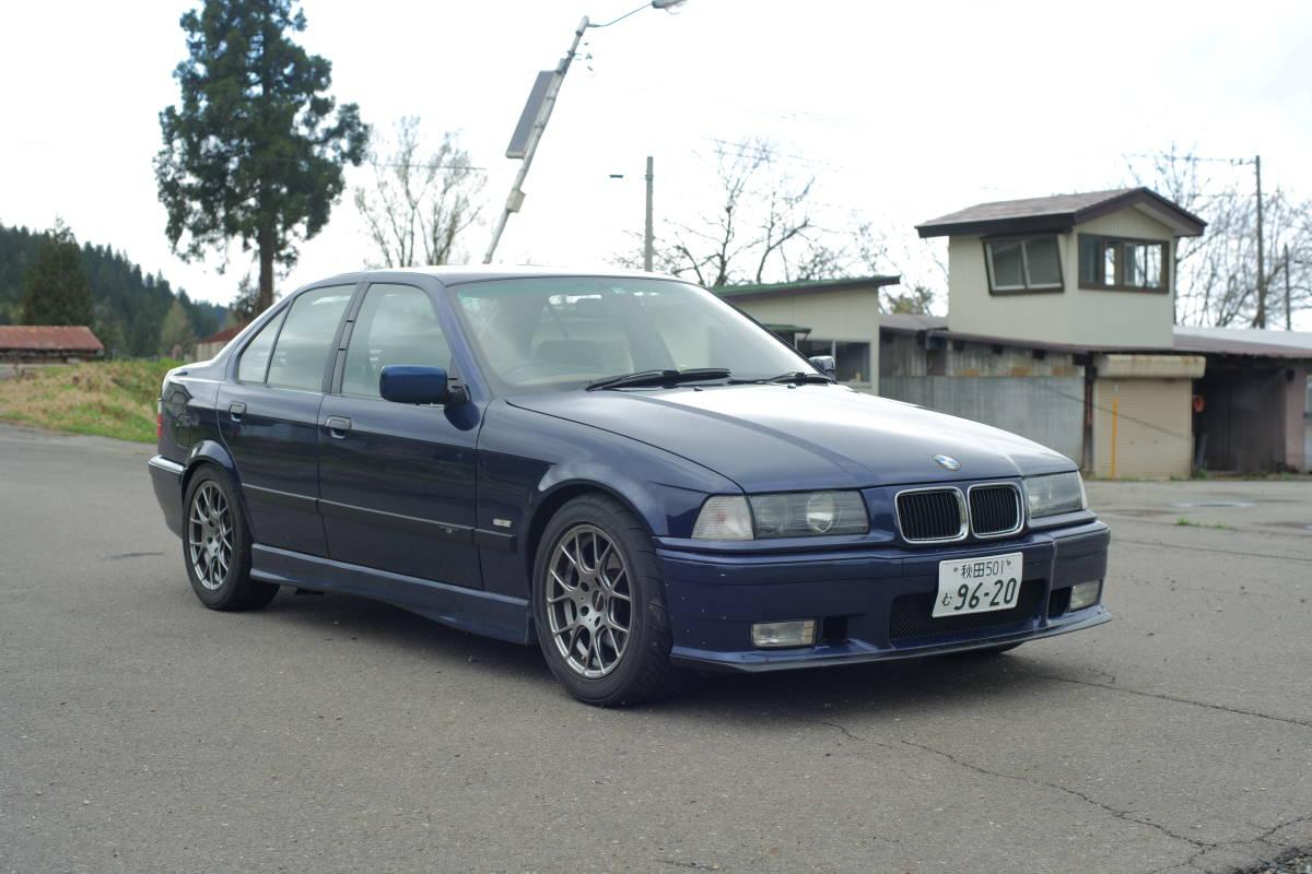 「イギリス並行輸入車 BMW E36 320i 5MT 4ドア クルーズコントロール付き ライトチューン 足回りリフレッシュ済 97年車」の画像1
