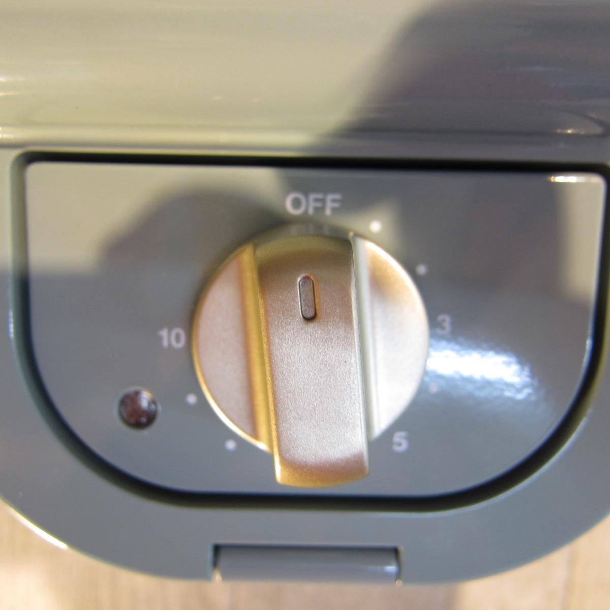 S5017【未使用】ブルーノ BRUNO ホットサンドメーカー 耳まで焼ける 電気 ムーミン シングル ブルーグリーン BOE050-BGR