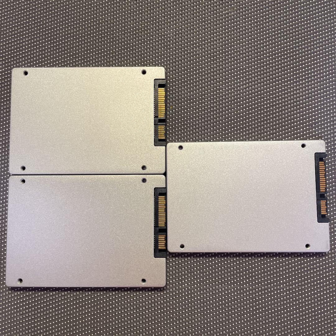 Micron SSD 2.5インチSATA 256GB三枚セット/使用時間8914,9618,17405