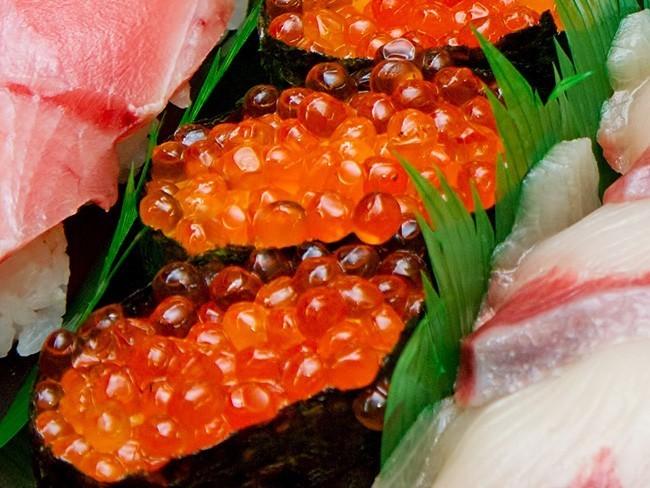 いくら醤油漬け70g×4【イクラ醤油漬け小分けパック】イクラしょうゆ漬け(ご飯 お寿司 手巻き 海鮮丼)鮭卵 ギフトや贈答用にも【送料無料】_画像8