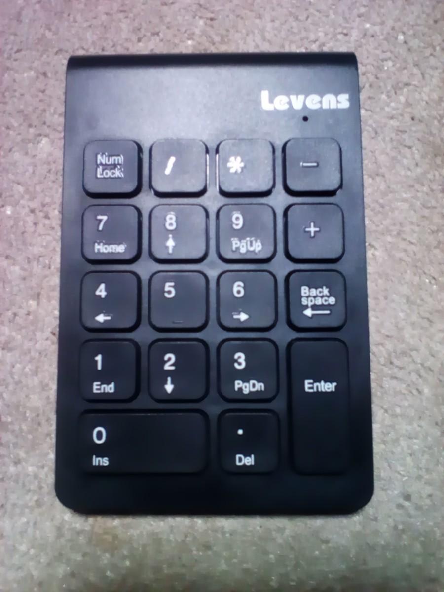 ワイヤレステンキーボード 小型usbレシーバー付属