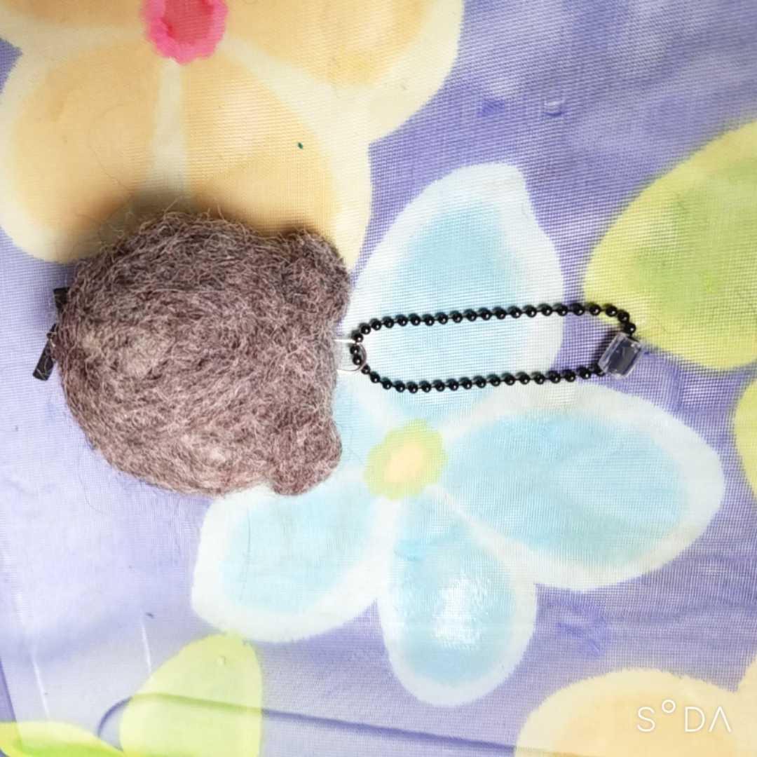ハンドメイド 羊毛フェルト スコティッシュフォールド ハチワレスコティッシュフォールド 羊毛フェルト猫 猫ストラップ 猫チャーム _画像5