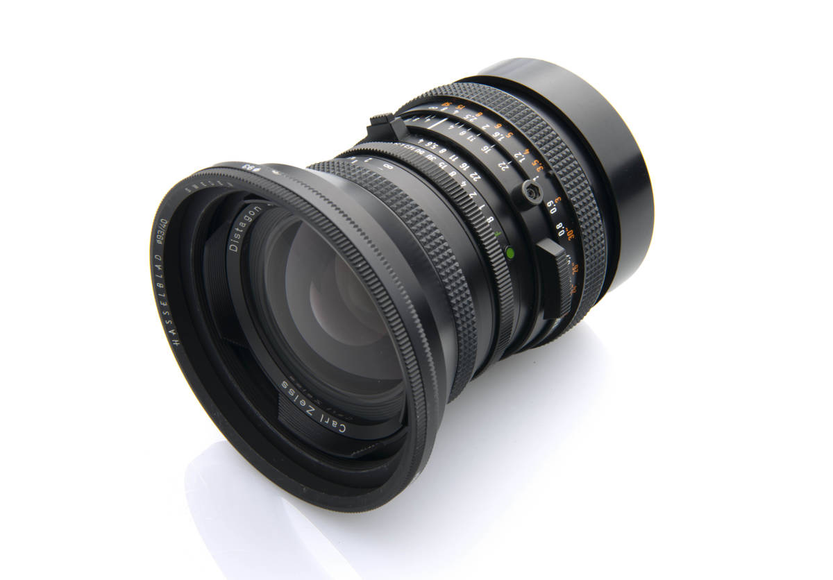 Hasselblad ハッセルブラッド Zeiss Distagon 40mm F4 FLE T*LENS MADE in WEST GERMANY ジャンク扱い 一円スタートで。 _前後キャップ付属