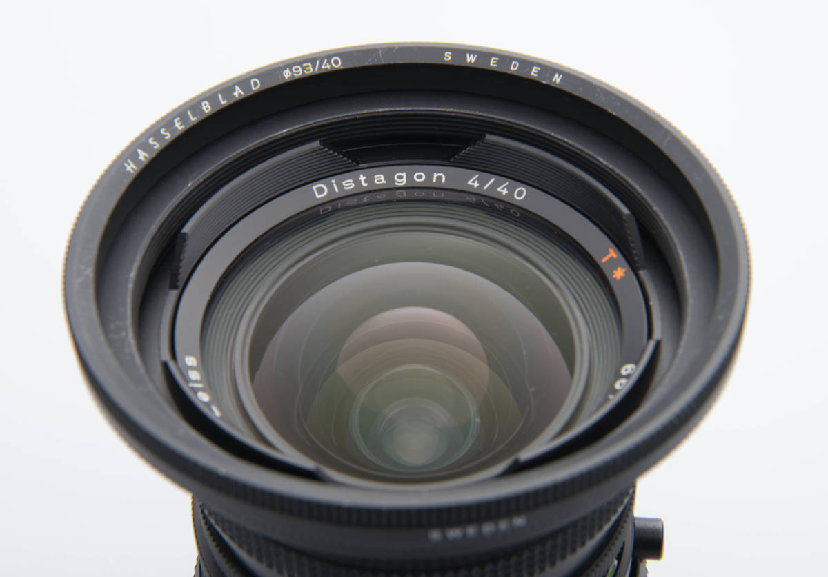 Hasselblad ハッセルブラッド Zeiss Distagon 40mm F4 FLE T*LENS MADE in WEST GERMANY ジャンク扱い 一円スタートで。 _前玉目立つ傷ありません。