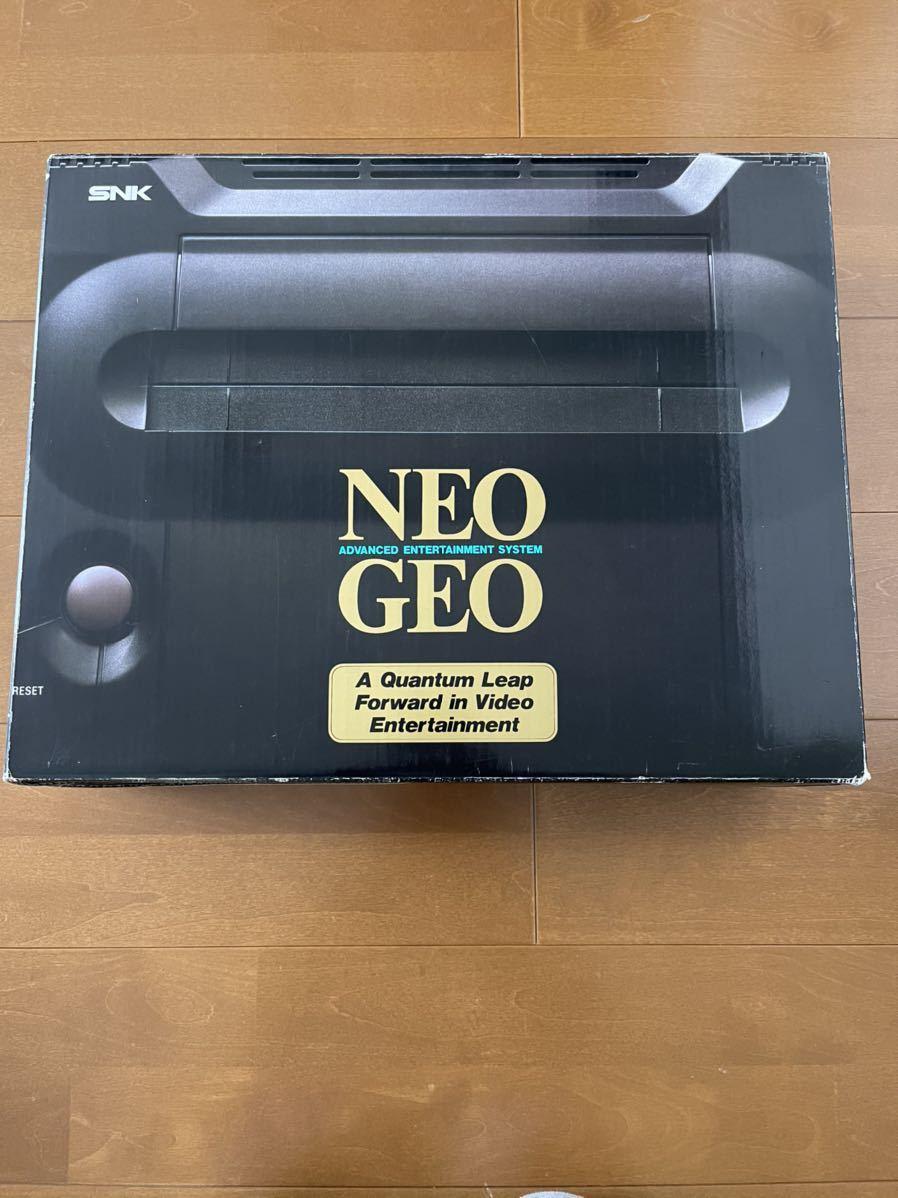 【動作確認済み】ネオジオ/NEO GEO本体+専用コントローラー2個+ROMソフト2個+メモリーカード1個+専用ACアダプター&AVケーブル1個