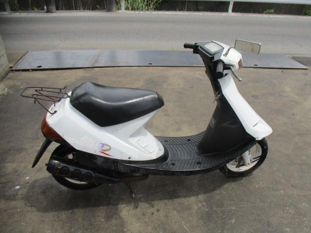 「▲7817▲スズキ ハイアップ (HI-UP) CA1DA ホワイト 旧車スクーター 実働 愛知」の画像1