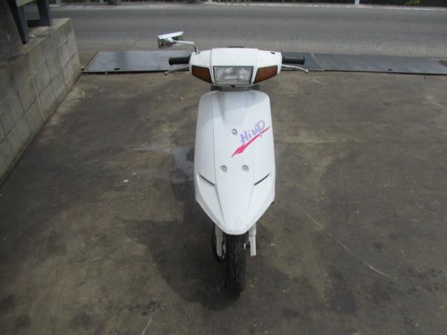 「▲7817▲スズキ ハイアップ (HI-UP) CA1DA ホワイト 旧車スクーター 実働 愛知」の画像3