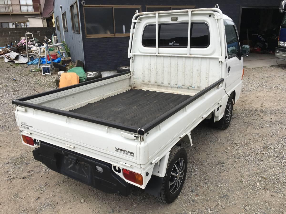 「サンバー トラック 5速MT スーパーチャージャー 4WD切替式 ホワイト」の画像3