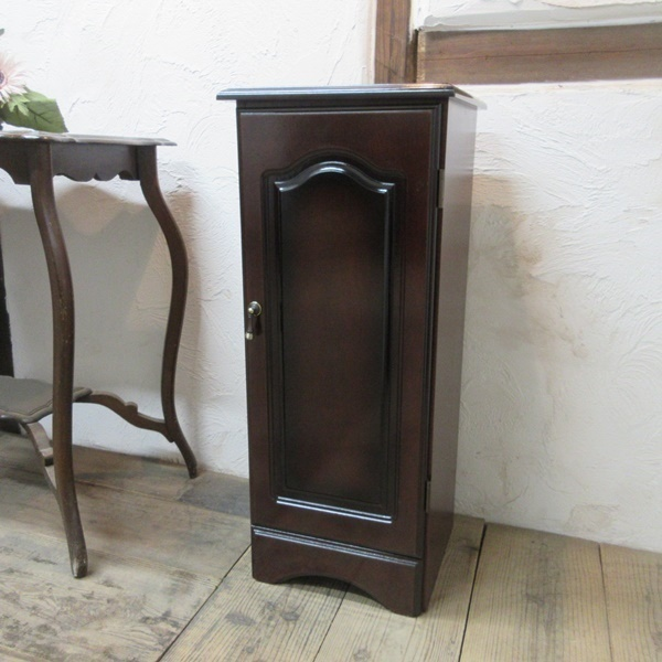 イギリス ビンテージ 家具 サイドキャビネット ベッドサイドキャビネット 収納 飾り棚 木製 英国 SMALLFUNITURE 6931b_画像1