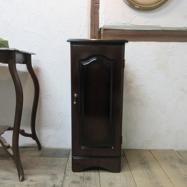 イギリス ビンテージ 家具 サイドキャビネット ベッドサイドキャビネット 収納 飾り棚 木製 英国 SMALLFUNITURE 6931b_画像2