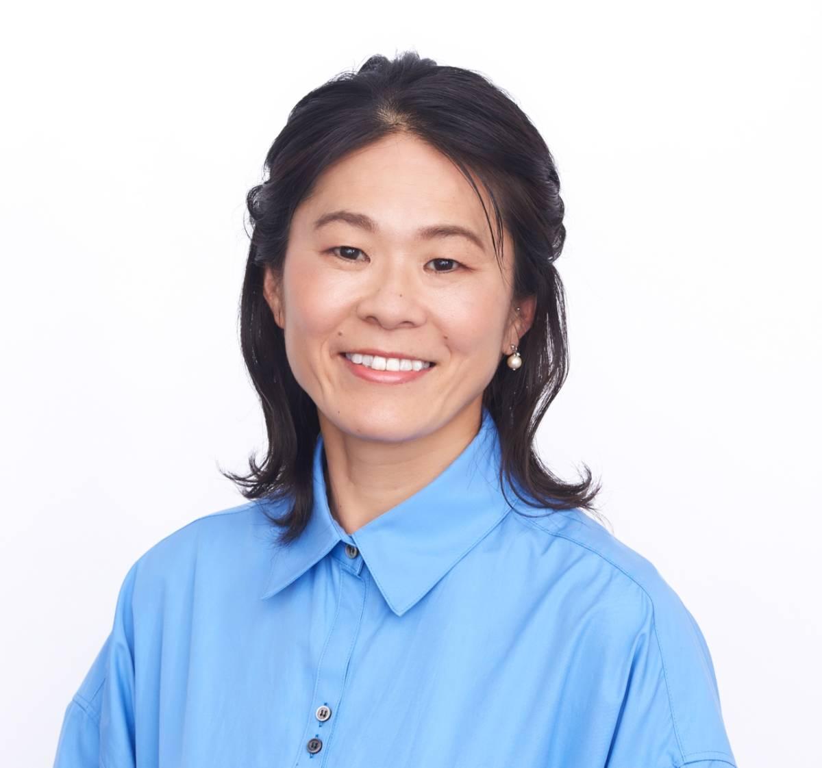 [エイズ孤児支援チャリティー]澤穂希さん直筆サイン入りパーティーマット_澤穂希さんのお写真