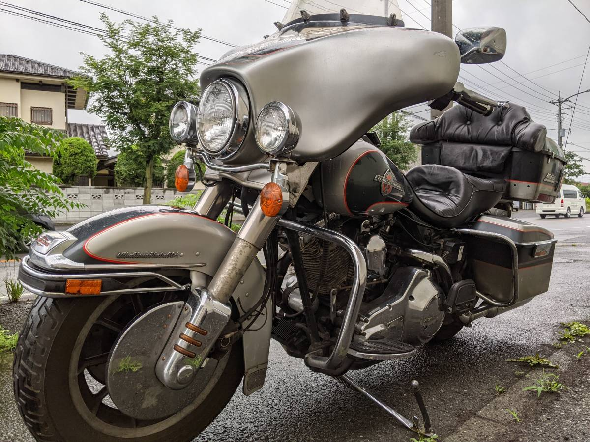 「HarleyDavidsonハーレーダビッドソンFLHTCU1340 90周年アニバ エレクトラグライド ウルトラクラシック エンジン可動ベース扱いで」の画像3