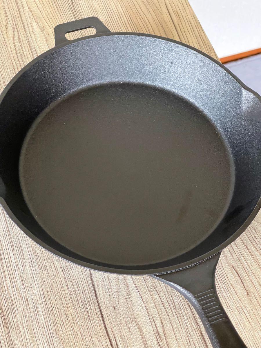 新品コールマン(COLEMAN) クラシックアイアンスキレット ダッチオーブン
