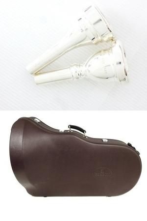 BESSON BE981 チューバ シルバー系 マウスピース 2個 管楽器 ケース付き 金管楽器 中古 直 O5667252_画像2