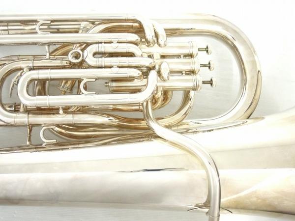BESSON BE981 チューバ シルバー系 マウスピース 2個 管楽器 ケース付き 金管楽器 中古 直 O5667252_画像5