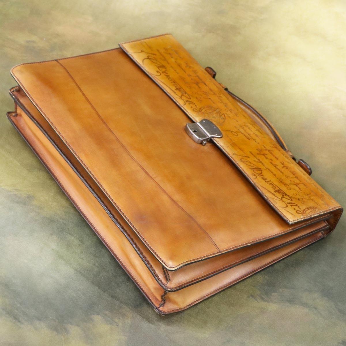 本物 美品 ベルルッティ 絶盤 オルガ期 ヴェネチアスクリットレザー Ecritoire メンズビジネスバッグ A4書類ブリーフケース カリグラフ_画像4
