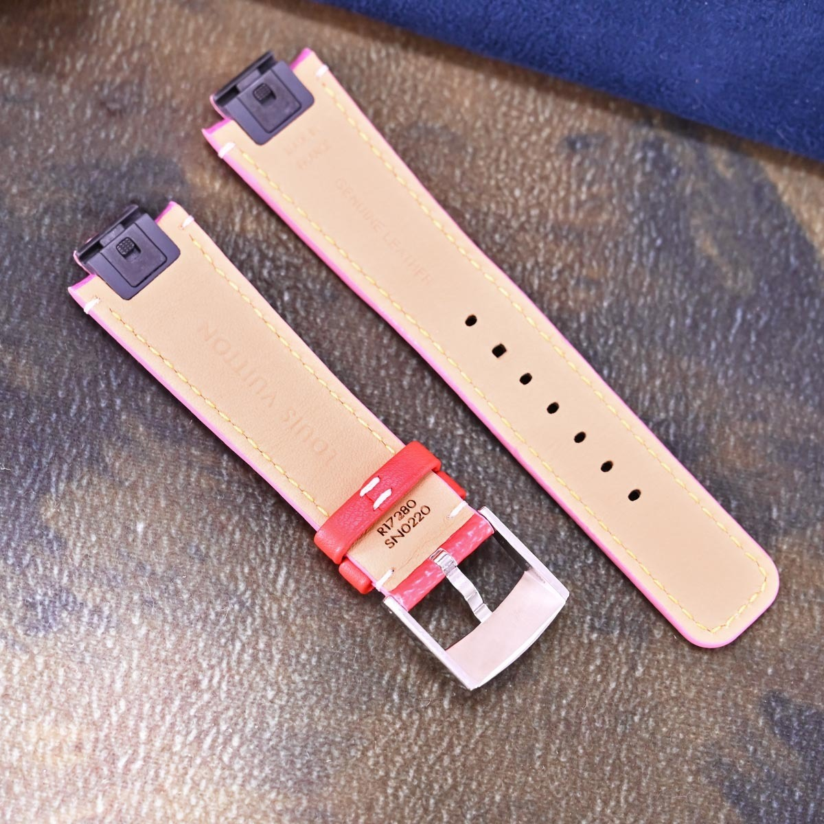 本物 新品 ルイヴィトン 極希少 モノグラム エスカル 現行ワンタッチ型 メンズ タンブール ベルト 尾錠 ウォッチバンド 腕時計 バックル_画像2