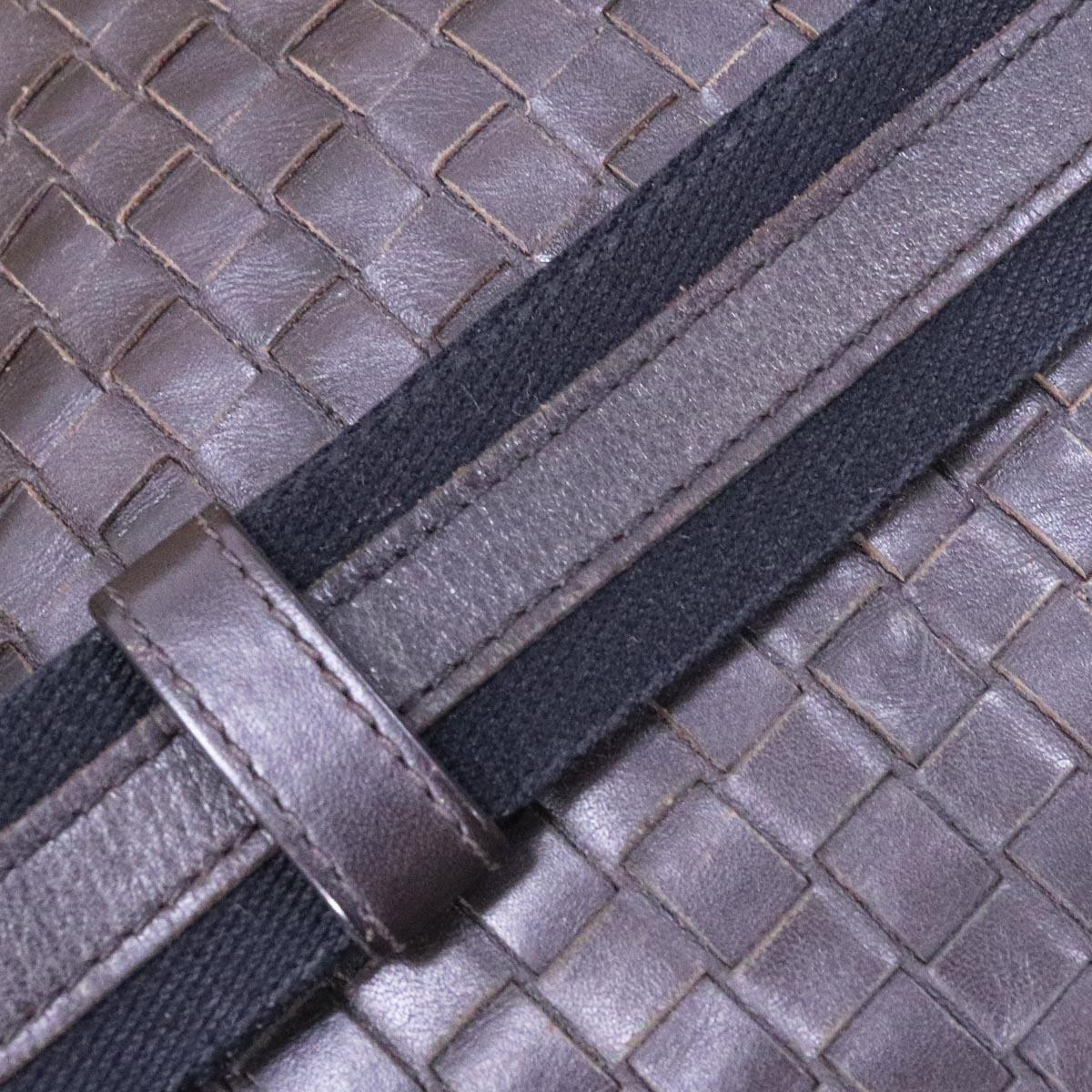 本物 ボッテガヴェネタ 最高級イントレチャートレザー メンズクロスボディバッグ 斜め掛けショルダーバッグ BOTTEGA VENETA_画像5