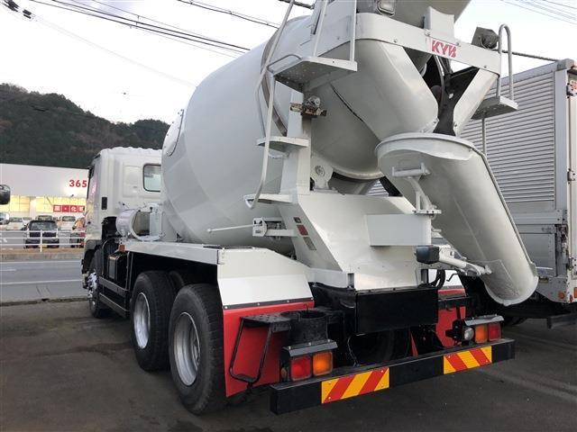 「H25年式 日野 プロフィア カヤバ(KYB)工業 コンクリートミキサー 積載量9880kgドラム容量8.7m3 車検付き」の画像2
