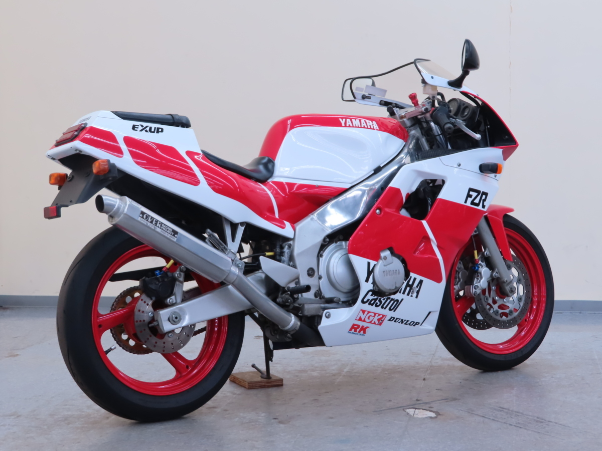 「特別出品!! ヤマハ FZR250R 【動画有】ローン可 3LN 250cc ダブルディスク マフラー改 フルカウル FZR YAMAHA 売り切り」の画像2