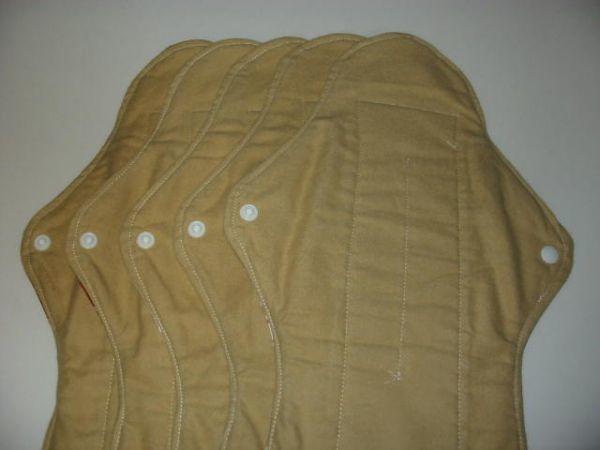 1 色柄おまかせ ネル ◆布ナプキン◆2枚 夜用32一体型〓w防水〓_サンプル画像です♪
