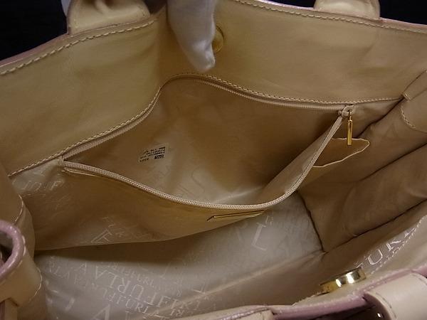 1円 ■美品■ FURLA フルラ レザー ゴールド金具 ハンドバッグ トートバッグ 手提げかばん レディース ベージュ系 M3634アU_画像9