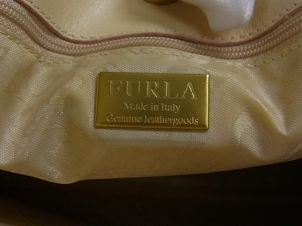 1円 ■美品■ FURLA フルラ レザー ゴールド金具 ハンドバッグ トートバッグ 手提げかばん レディース ベージュ系 M3634アU_画像10
