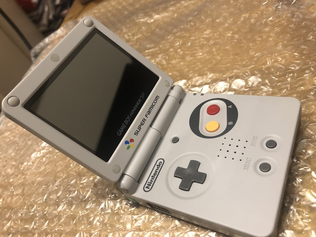 GBA / Nintendo / ゲームボーイアドバンスSP / IPS液晶 / スーパーファミコン仕様 / おまけ バッテリー 2つ & USB充電ケーブル付き