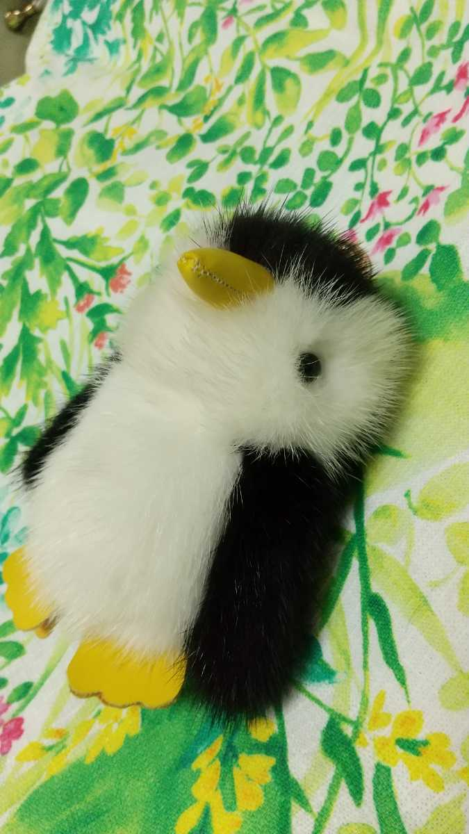 ミンクの可愛いペンギンさんストラップです_画像1