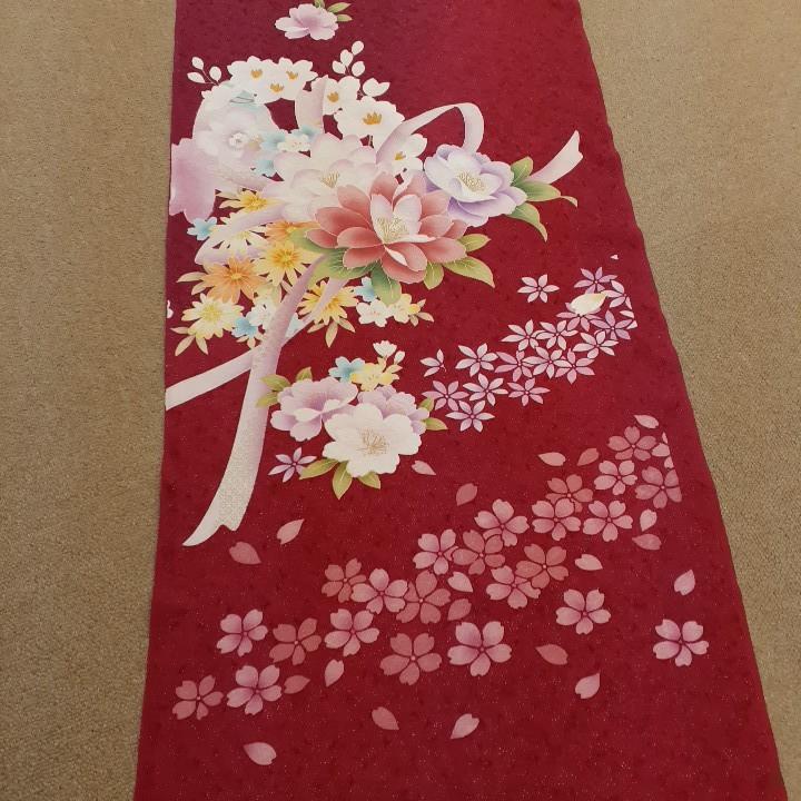 正絹 60287 赤色 花柄 桜 リボン シルク350cm はぎれ ハギレ リメイク ハンドメイド